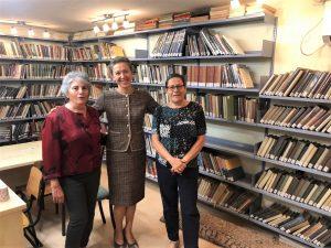 ביקור השגרירה בספרייה